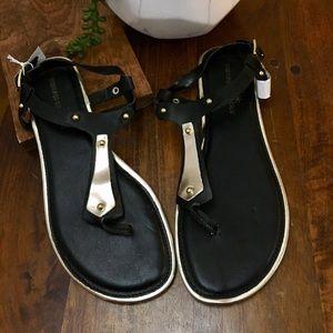 Gladiator Gold & Black Sandals NWT